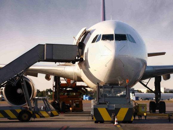 Carga avión frente low