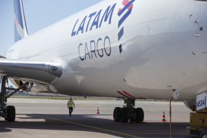 The plane - 907X4839