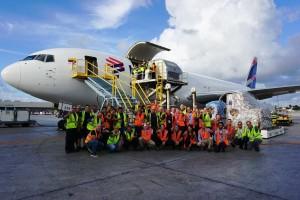 Avión Solidario Grupo LATAM_equipo (2)